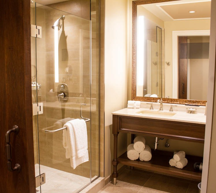 Luxury Bathroom at River City Casino & Hotel