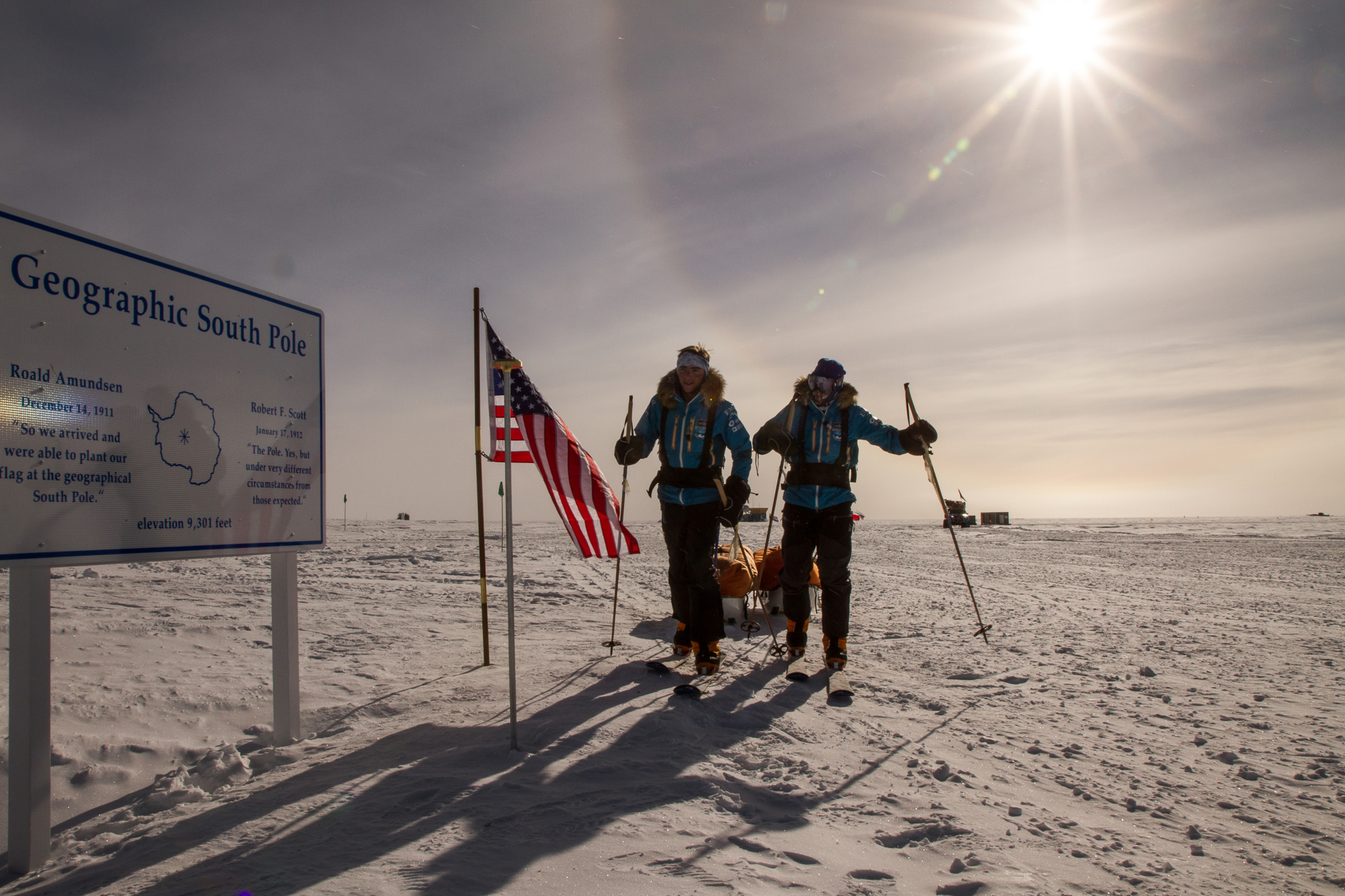 Expedition Reaches The South Pole